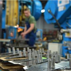 Работа на производстве автодеталей